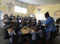 Haiti škola sv Lujzy Cité Soleil 2018, fotka 25